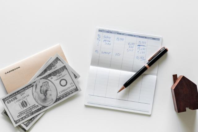 【お金】定期預金とは何?金利やリスクは?
