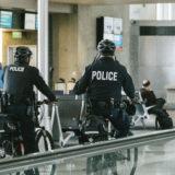 高卒の警察官の年収や給料は?試験の難易度はどれくらい?